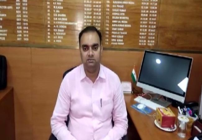 Muzaffarpur DM Alok Ranjan Ghosh speaking to ANI on Wednesday. Photo/ANI