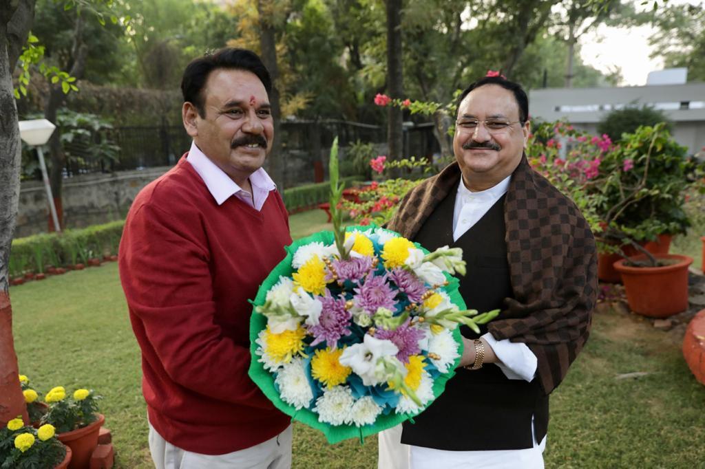 BJP chief JP Nadda with his brother Jagat Bhushan. (Picture Source: Twitter/Jagat Prakash Nadda)