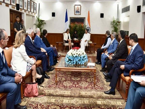Vice President M Venkaiah Naidu with a parliamentary delegation from France in New Delhi on Monday. (Photo courtesy: Naidu Twitter handle)