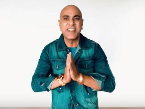Baba Sehgal in his new song 'Namaste' (Image Source: YouTube)