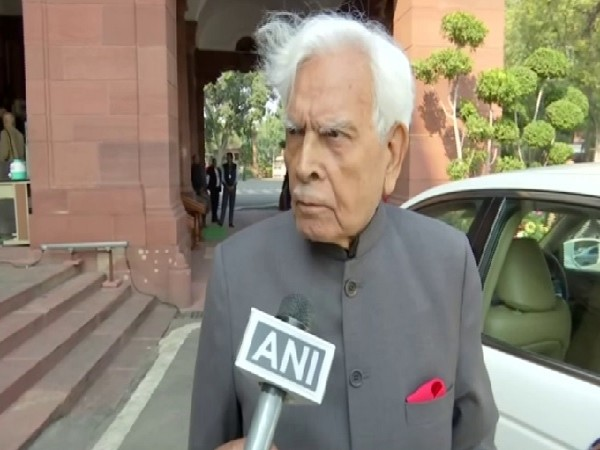 Former Foreign Minister Natwar Singh speaking to ANI in New Delhi on Monday.