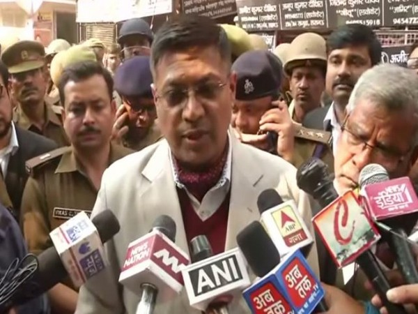 Joint Commissioner of police, Naveen Arora talking to reporters in Lucknow on Thursday