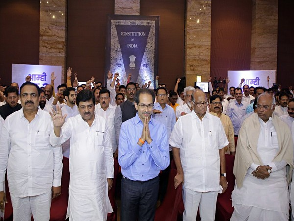 NCP chief Sharad Pawar, Congress leader Mallikarjun Kharge and Shiv Sena chief Uddhav Thackeray during a meeting with MLAs at Hotel Grand Hyatt in Mumbai on Monday. (ANI Photo)