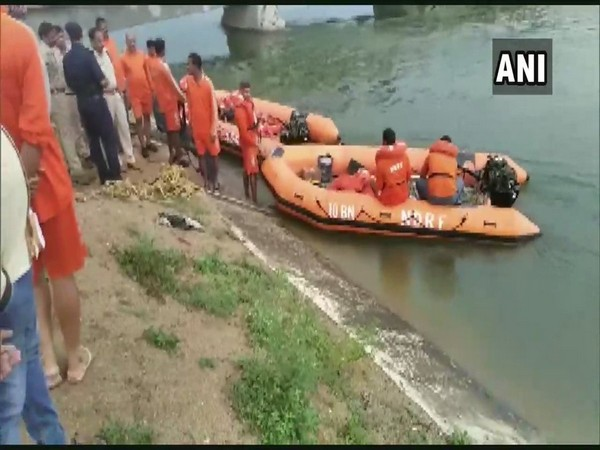 6 bodies recovered from a canal in Suryapet in Telangana on Saturday