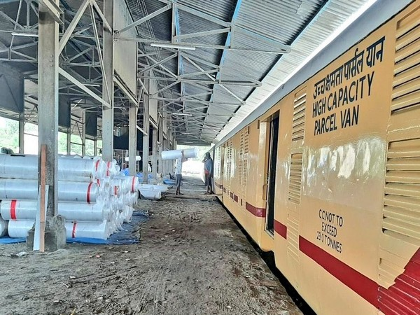 The Western Railway is transporting cloth, dye, and chemicals to Bangladesh from Gujarat. (Photo/ Western Railway's Twitter handle)