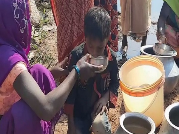 Residents of Kundru village use drain water for drinking purposes (ANI Photo)