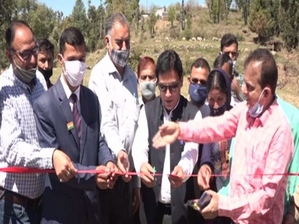 Ultra high density apple plantation launched in Udhampur's upper Meer area