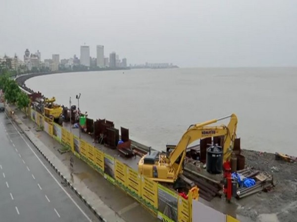 Preparedness has been heightened at Marine Drive in the wake of cyclone Nisarga. [Photo/ANI]