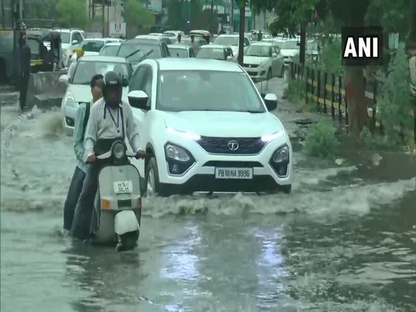 Rain lashes out in Ranchi and Ludhiana. Photo/(ANI)