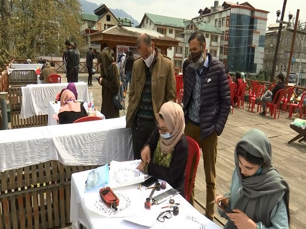 Visual of Calligraphy competition in Srinagar