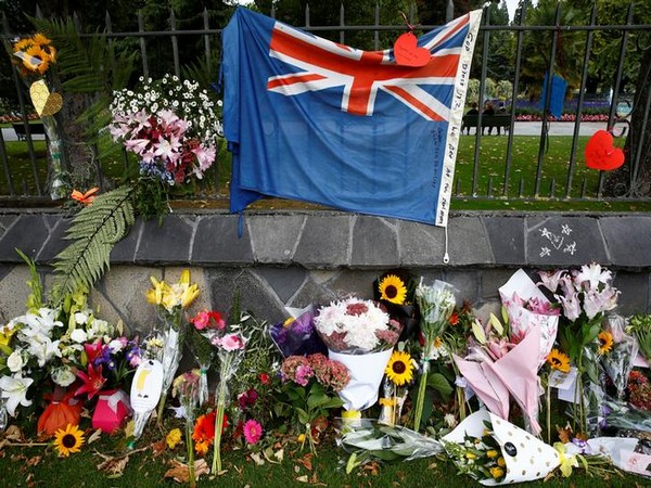 Tributes outside the Linwood mosque (Christchurch, New Zealand) on March 16 in remembrance of the terror attack victims