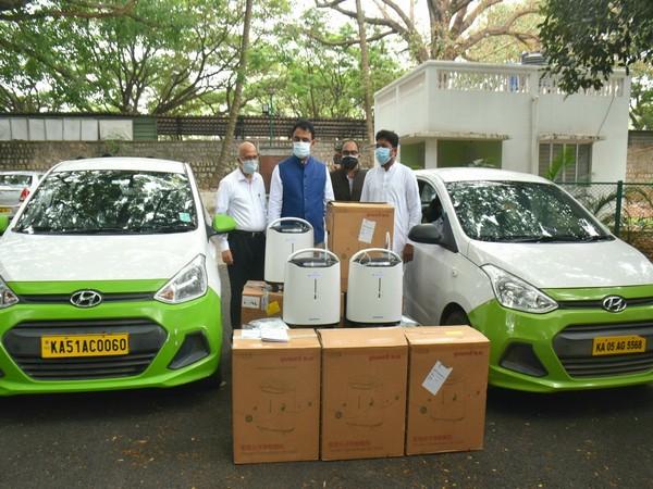 Karnatka deputy CM AshwathNarayan launches 'O2 for India' initiative. (Image courtesy: @drashwathcn)