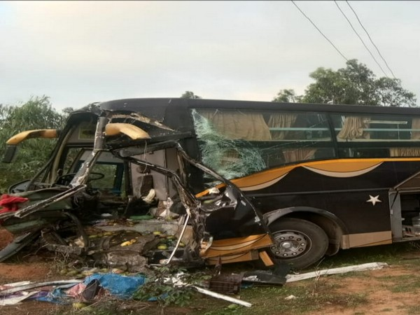 The bus carrying Odia migrants from Hyderabad met with an accident on Tuesday morning. Photo/ANI