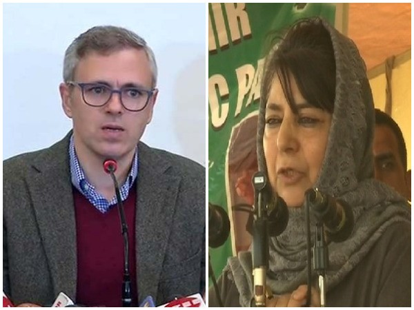 National Conference leader Omar Abdullah and PDP chief Mehbooba Mufti (File photo)