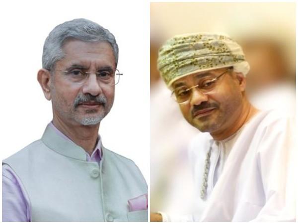External Affairs Minister S Jaishankar and Oman Foreign Minister Sayyid Badr bin Hamad bin Hamood Albusaidi (File Photo)