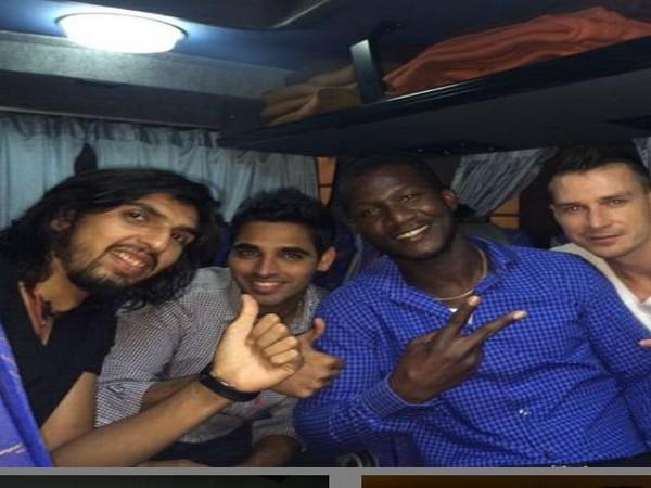 Ishant Sharma with Bhuvneshwar Kumar, Darren Sammy and Dale Steyn (Photo/ Ishant Sharma Instagram)