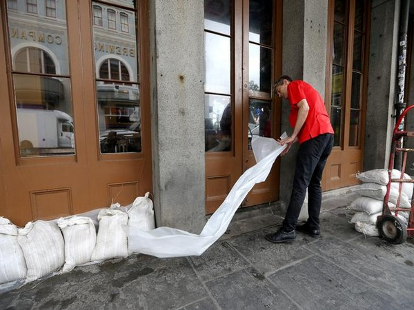 Residents prepare for tropical storm Barry in New Orleans (Photo/Reuters)
