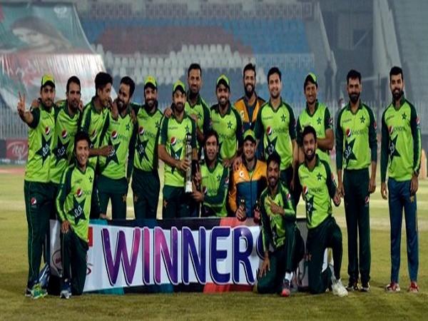 Pakistan clean sweep T20I series against Zimbabwe (Image: Pakistan Cricket's Twitter)