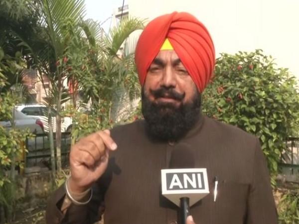 BJP leader Sukhjinder Pal Singh speaking to ANI in Ludhiana on Saturday