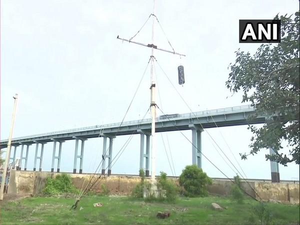 Rameswaram: Pamban Port Storm Perilous Alert No. 2 Cage mounted at Pamban bridge, in the view of severe cyclonic storm 'Bulbul'