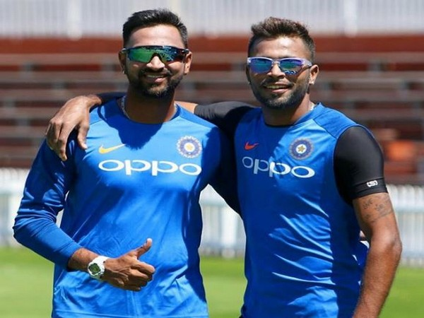 Krunal Pandya (L) and Hardik Pandya (R) (Photo/Hardik Pandya Instagram)