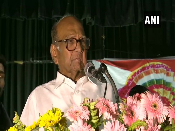 Sharad Pawar speaking at the event in Lucknow.