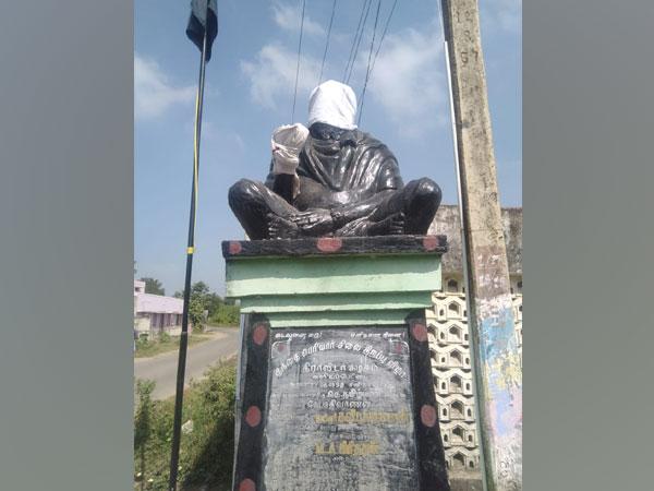 A visual of Periyar statue in Chengalpattu, Tamil Nadu on Friday.