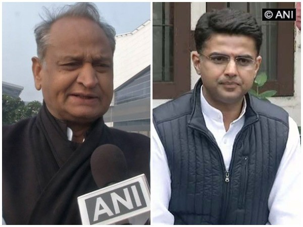 Rajasthan Chief Minister Ashok Gehlot (Left) and former Deputy Chief Minister Sachin Pilot (File photo)