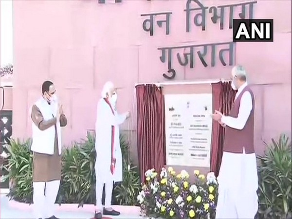 Prime Minister Narendra Modi inaugurating 'Arogya Van' in Kevadia, Gujarat on Friday. [Photo/ANI]
