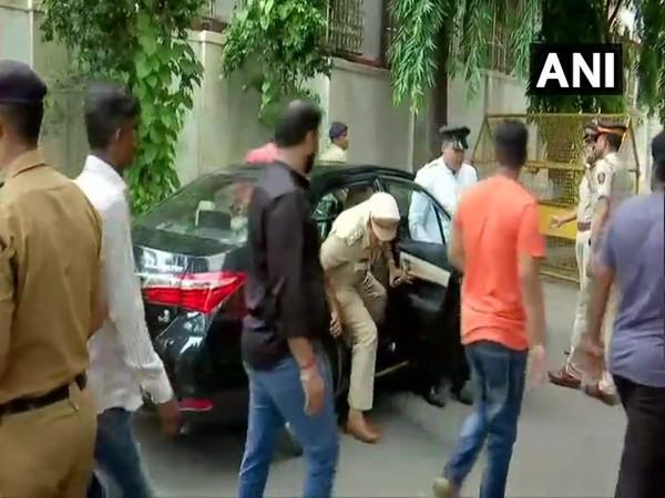 Karnataka Police accompanied by Mumbai Police arrived at St. George Hospital on Friday. (Photo/ANI)