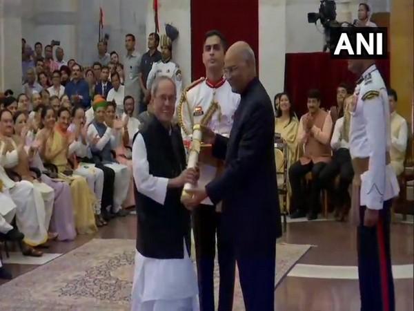 Pranab Mukherjee conferred Bharat Ratna by President Ram Nath Kovind at Rashtrapati Bhavan on Thursday