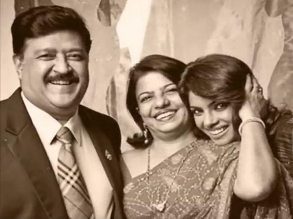 Priyanka Chopra with her father Ashok Chopra and mother Madhu Chopra (Image courtesy: Instagram)