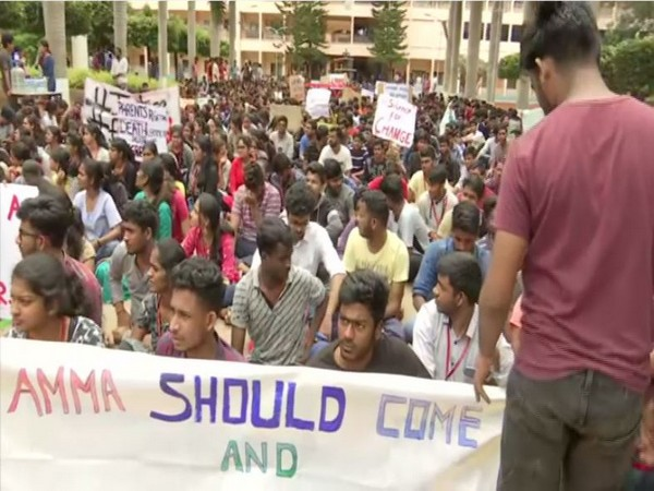 Students protest over the suicide of Harsha in Bengaluru on Wednesday [Photo/ANI]