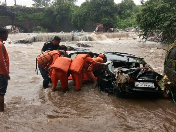 The death toll reaches 12 due to heavy rainfall andflood in the region. Photo/ANI