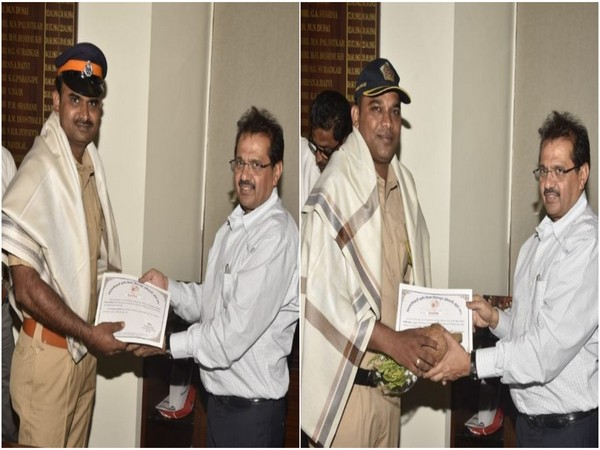 City collector Shivaji Jondhale felicitated Dnyanoba Suryawanshi and Naik Vaibhav Girkar (Photo/ANI)