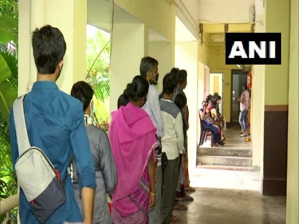 People queued up at the vaccination centre in Gariahat. (Photo/ANI)