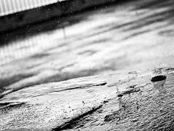 Heavy rains lash Mumbai, adjoining areas