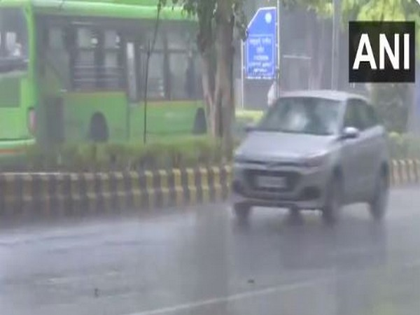 Rain lashes parts of Delhi on Friday morning, (Photo/ANI)