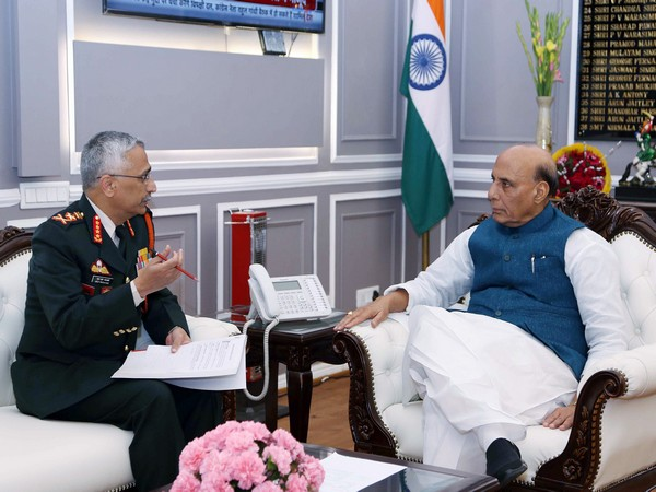 Defence Minister Rajnath Singh (right) with Army Chief Gen Manoj Mukund Naravane (File photo)