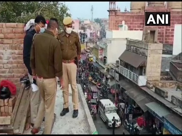 The building from where the pillar fell on the pedastrian. [Photo/ANI]