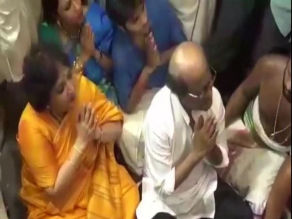 Rajinikanth along with wife Latha worshiping Lord Athi Varadar in Kanchipuram