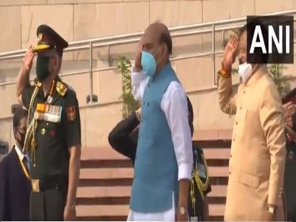 Defence Minister Rajnath Singh at National War Memorial on Sunday. [Photo/ANI]
