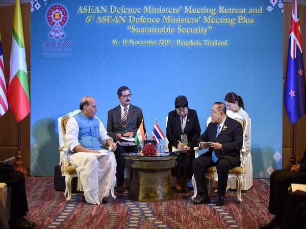 Defence Minister Rajnath Singh and Thailand's Deputy Prime Minister General Prawit Wongsuwan in Bangkok on Sunday