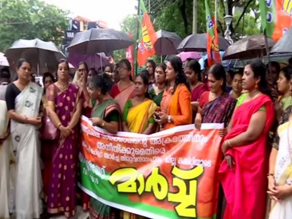 Visuals of BJP Mahila Morcha staging a protest march at the Secretariat on Friday in Thiruvananthapuram. Photo/ANI