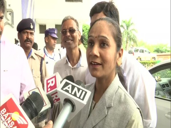 BSP MLA Ramabai speaking to media persons in Bhopal.