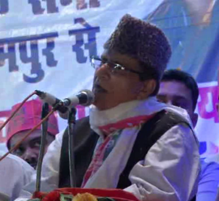 SP leader Azam Khan addressing a public rally at Rampur on Friday