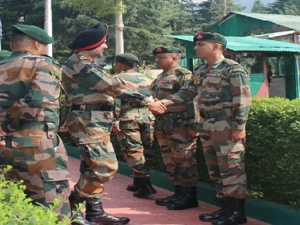 Lt Gen Ranbir Singh at Formation headquarters in Kupwara sector in Jammu and Kashmir on August 7 Image Source: Twitter handle of  Northern Command, Indian Army.