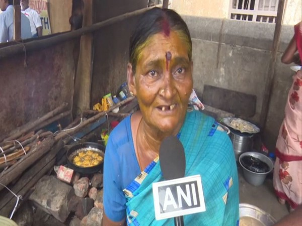 Rani, 70, is famou among tourists and Rameswaram residents alike. (Photo/ANI)