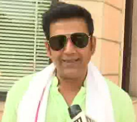 Actor-politician Ravi Kishan in Lucknow. Photo/ANI