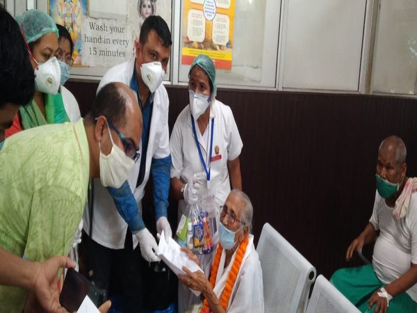 100-year-old woman Mai Handique in Guwahati (Photo credit: Twitter/ Himanta Biswa Sarma)